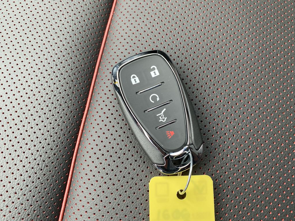 White[Iridescent Pearl Tricoat] 2021 Chevrolet Blazer Key and Fob Photo in Nipawin SK