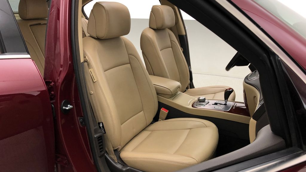 Red[Cabernet Red Pearl Mica] 2013 Hyundai Genesis Sedan 3.8 w/ Technology Package - Leather, Sunroof Right Side Front Seat  Photo in Winnipeg MB