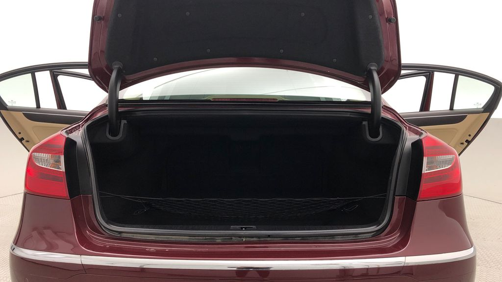 Red[Cabernet Red Pearl Mica] 2013 Hyundai Genesis Sedan 3.8 w/ Technology Package - Leather, Sunroof Trunk / Cargo Area Photo in Winnipeg MB