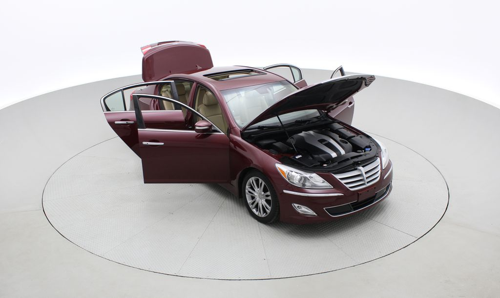 Red[Cabernet Red Pearl Mica] 2013 Hyundai Genesis Sedan 3.8 w/ Technology Package - Leather, Sunroof Left Front Corner Photo in Winnipeg MB