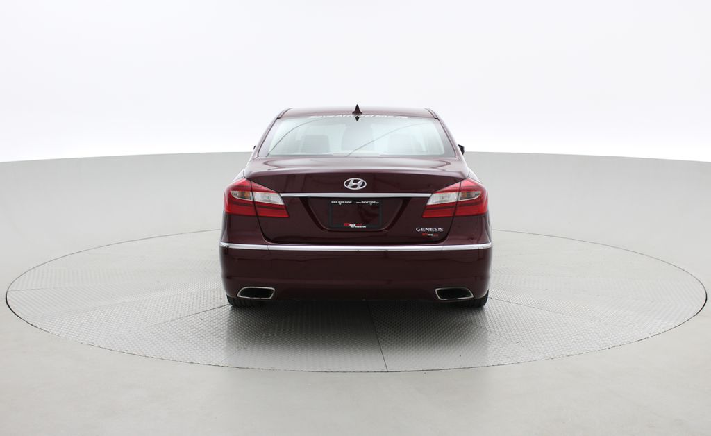 Red[Cabernet Red Pearl Mica] 2013 Hyundai Genesis Sedan 3.8 w/ Technology Package - Leather, Sunroof Rear of Vehicle Photo in Winnipeg MB