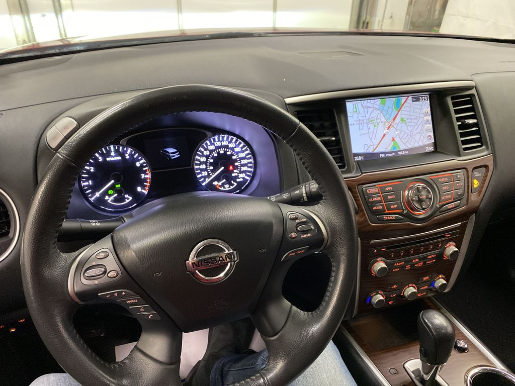 Red[Cayenne Red Metallic] 2017 Nissan Pathfinder Steering Wheel and Dash Photo in Dartmouth NS