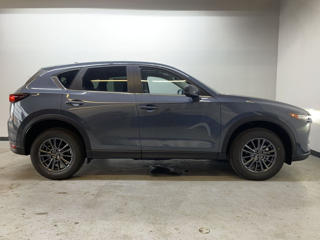 POLYMETAL GREY METALLIC(47C) 2021 Mazda CX-5 GS-Comfort Right Side Photo in Edmonton AB