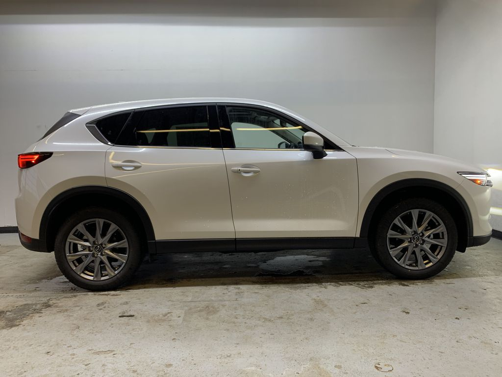 SNOW FLAKE WHITE PEARL(25D) 2021 Mazda CX-5 GT AWD Right Side Photo in Edmonton AB