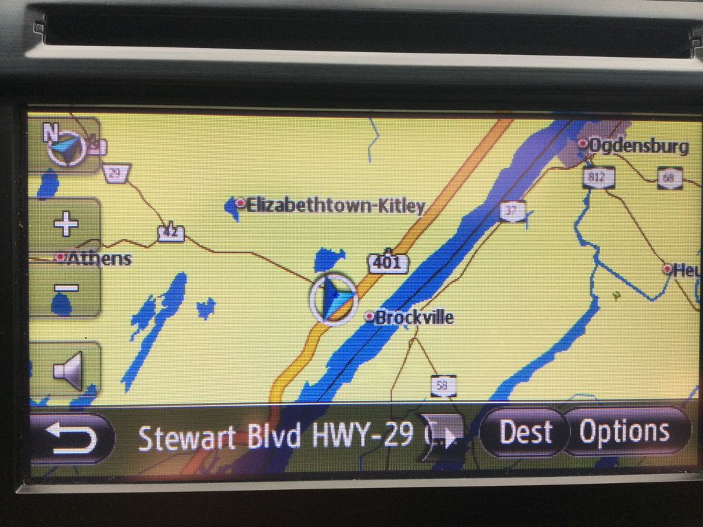 2014 Toyota Camry Navigation Screen Closeup Photo in Brockville ON
