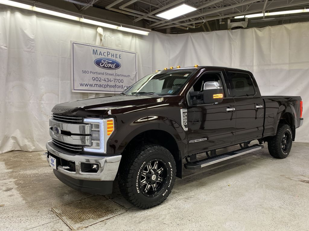 Red[Race Red] 2018 Ford Super Duty F-250 SRW