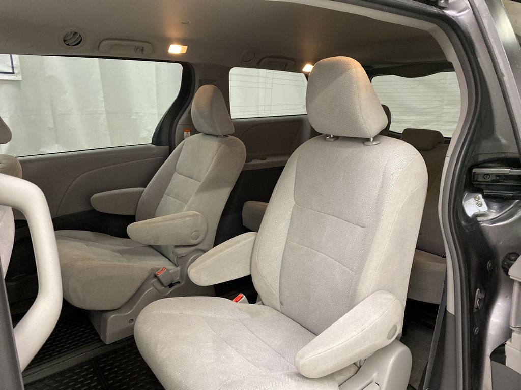 MAGNETIC 2018 Toyota Sienna Left Side Rear Seat  Photo in Dartmouth NS