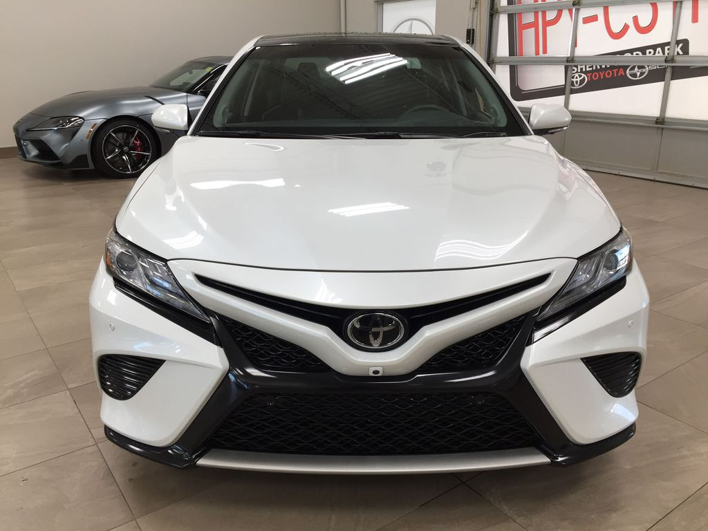 White[Platinum White Pearl w/Black Roof] 2018 Toyota Camry XSE V6 Front Vehicle Photo in Sherwood Park AB