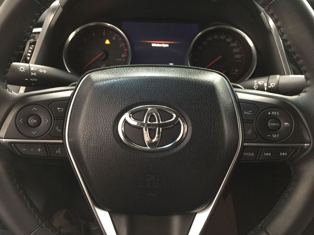 White[Platinum White Pearl w/Black Roof] 2018 Toyota Camry XSE V6 Steering Wheel and Dash Photo in Sherwood Park AB