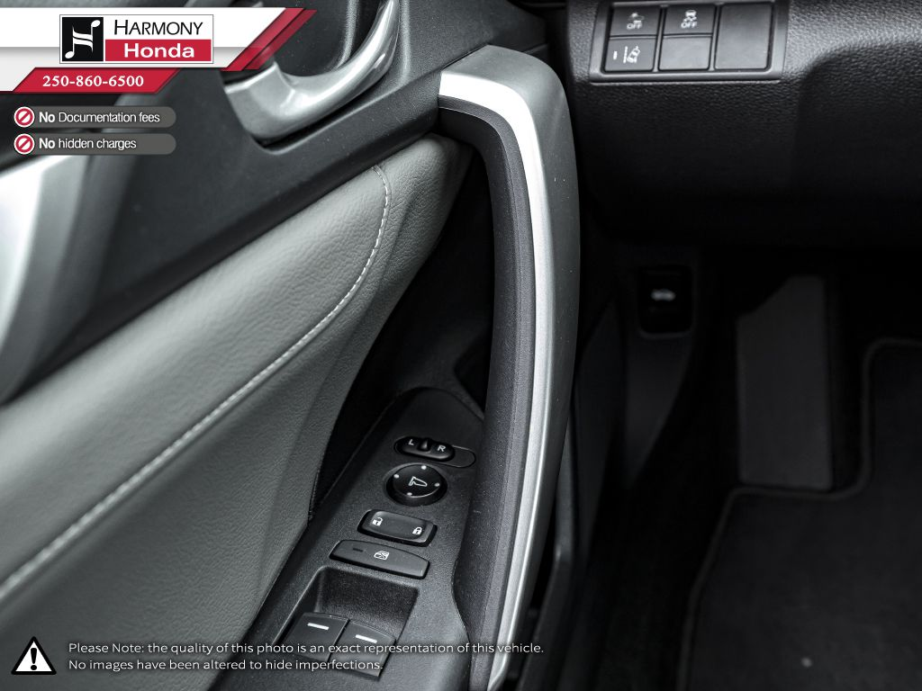 Gray[Modern Steel Metallic] 2017 Honda Civic Coupe Left Front Rim and Tire Photo in Kelowna BC