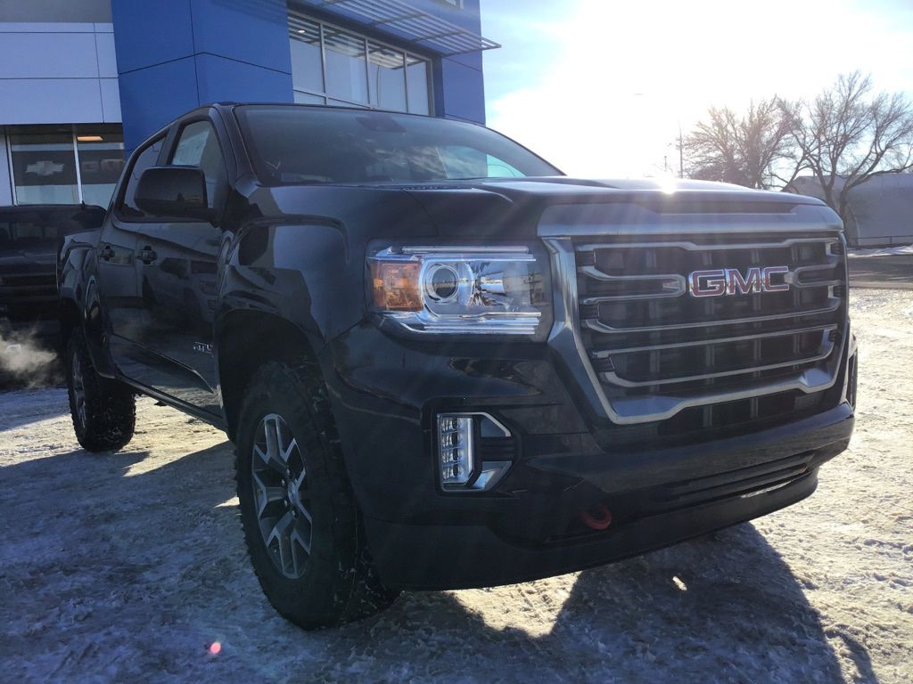 Black 2021 GMC Canyon Sunroof Photo in Brooks AB