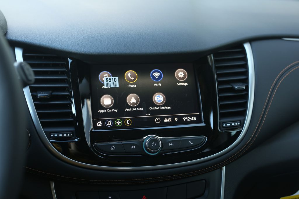 Grey 2021 Chevrolet Trax Central Dash Options Photo in Barrhead AB