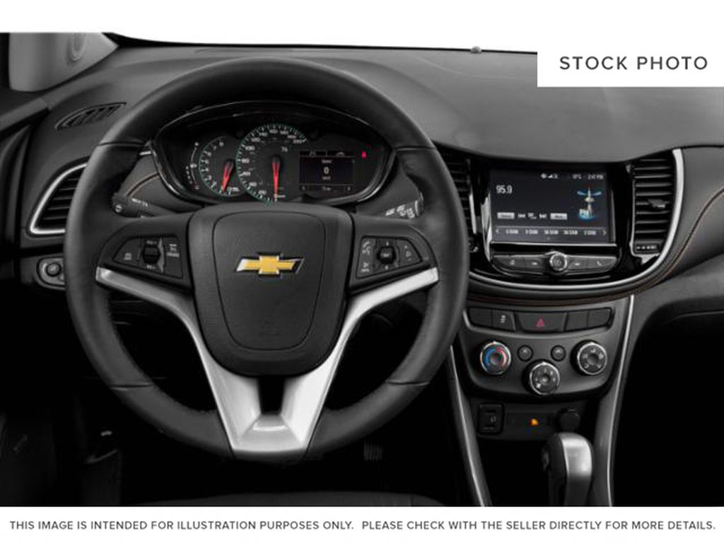 2021 Chevrolet Trax Steering Wheel and Dash Photo in Barrhead AB