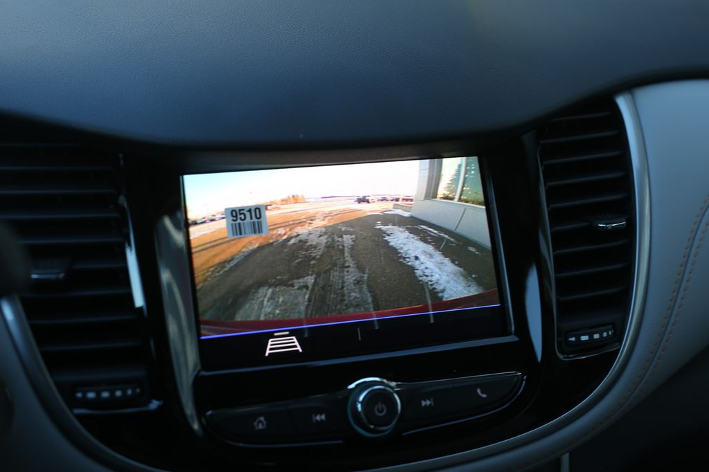 2021 Chevrolet Trax Navigation Screen Closeup Photo in Barrhead AB