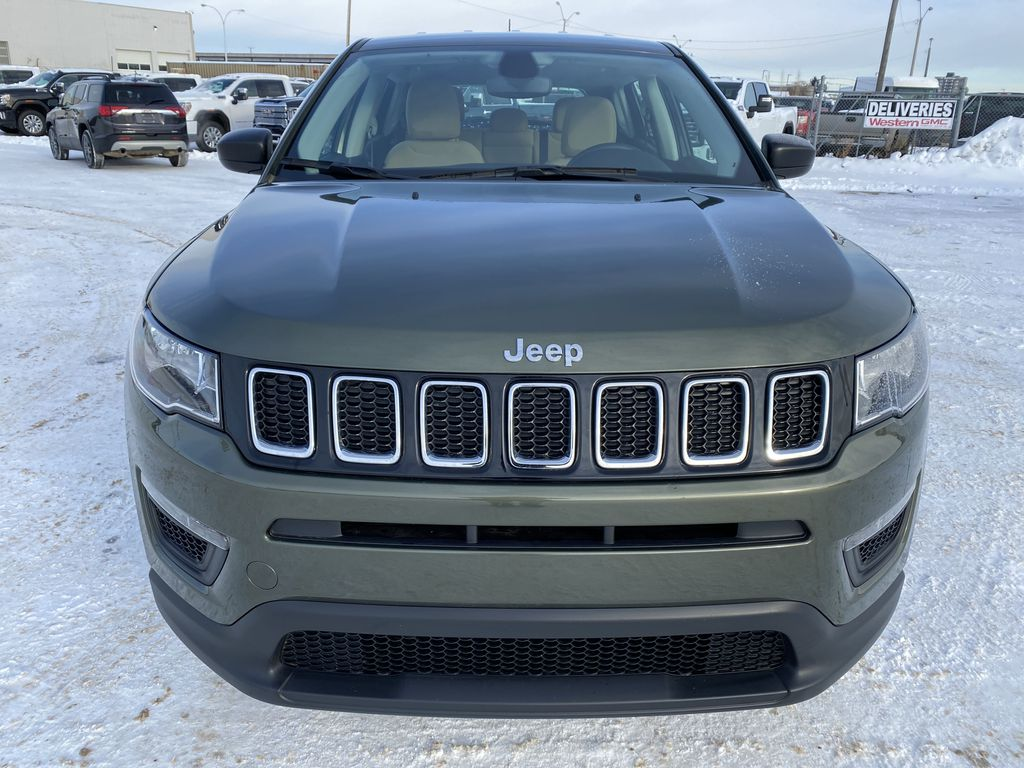 Green[Olive Green Pearl] 2019 Jeep Compass Front Vehicle Photo in Edmonton AB