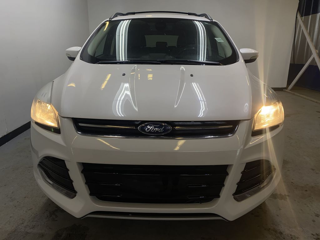 WHITE 2013 Ford Escape Front Vehicle Photo in Edmonton AB