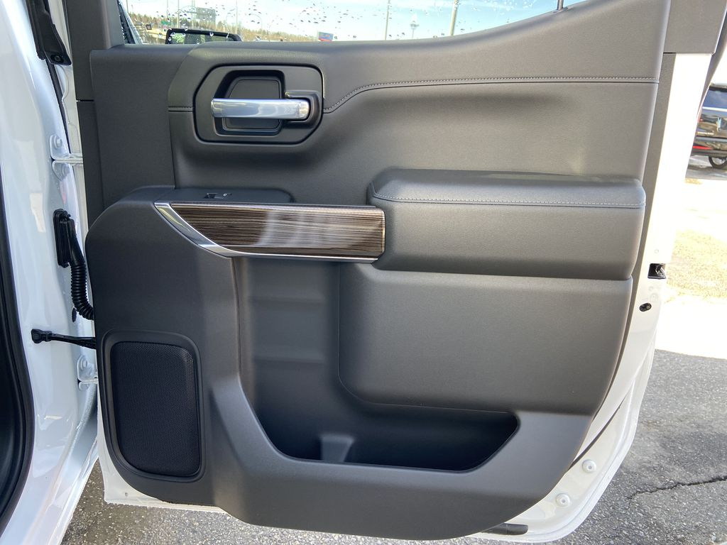 White[Summit White] 2021 Chevrolet Silverado 1500 LT Trail Boss Right Rear Interior Door Panel Photo in Calgary AB
