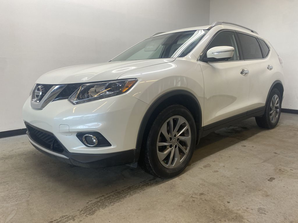 WHITE 2015 Nissan Rogue SL - Bluetooth, Backup Camera, Heated Front Seats Left Front Corner Photo in Edmonton AB