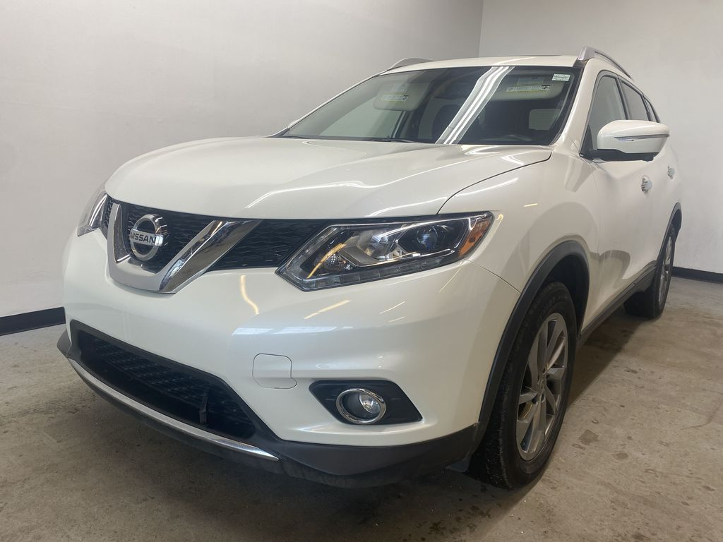 WHITE 2015 Nissan Rogue SL - Bluetooth, Backup Camera, Heated Front Seats Left Front Head Light / Bumper and Grill in Edmonton AB