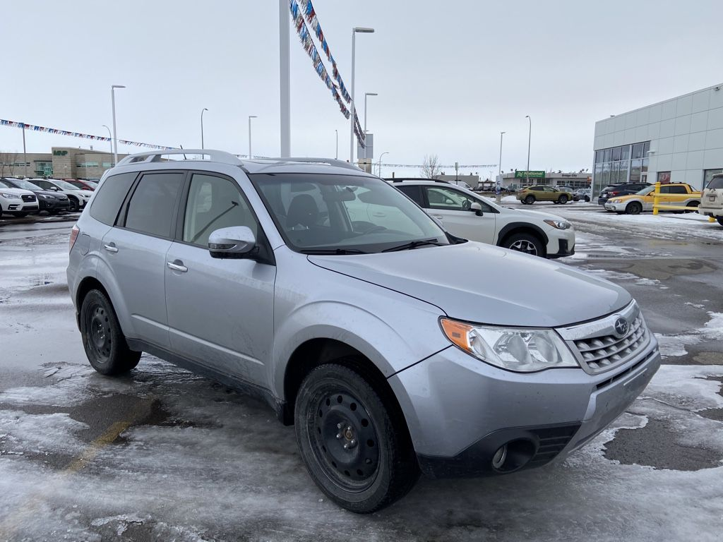Silver 2013 Subaru Forester Front Vehicle Photo in Lethbridge AB
