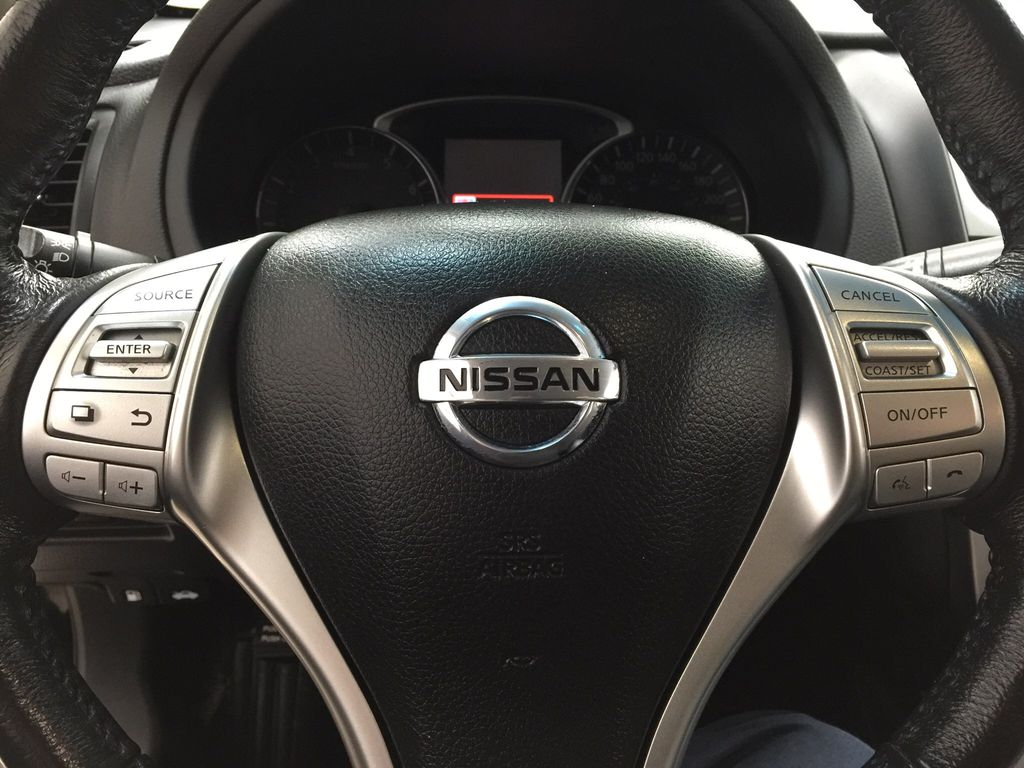 Black[Super Black] 2017 Nissan Altima Steering Wheel and Dash Photo in Sherwood Park AB