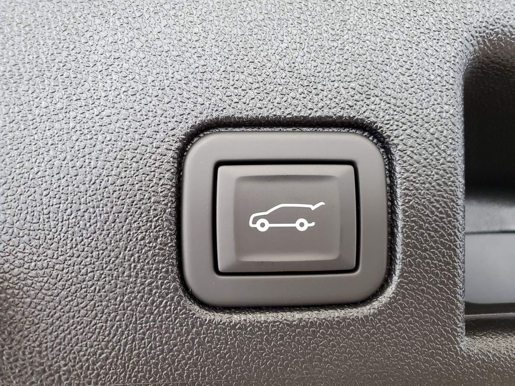 White 2021 Chevrolet Equinox Trunk / Cargo Area Photo in Airdrie AB