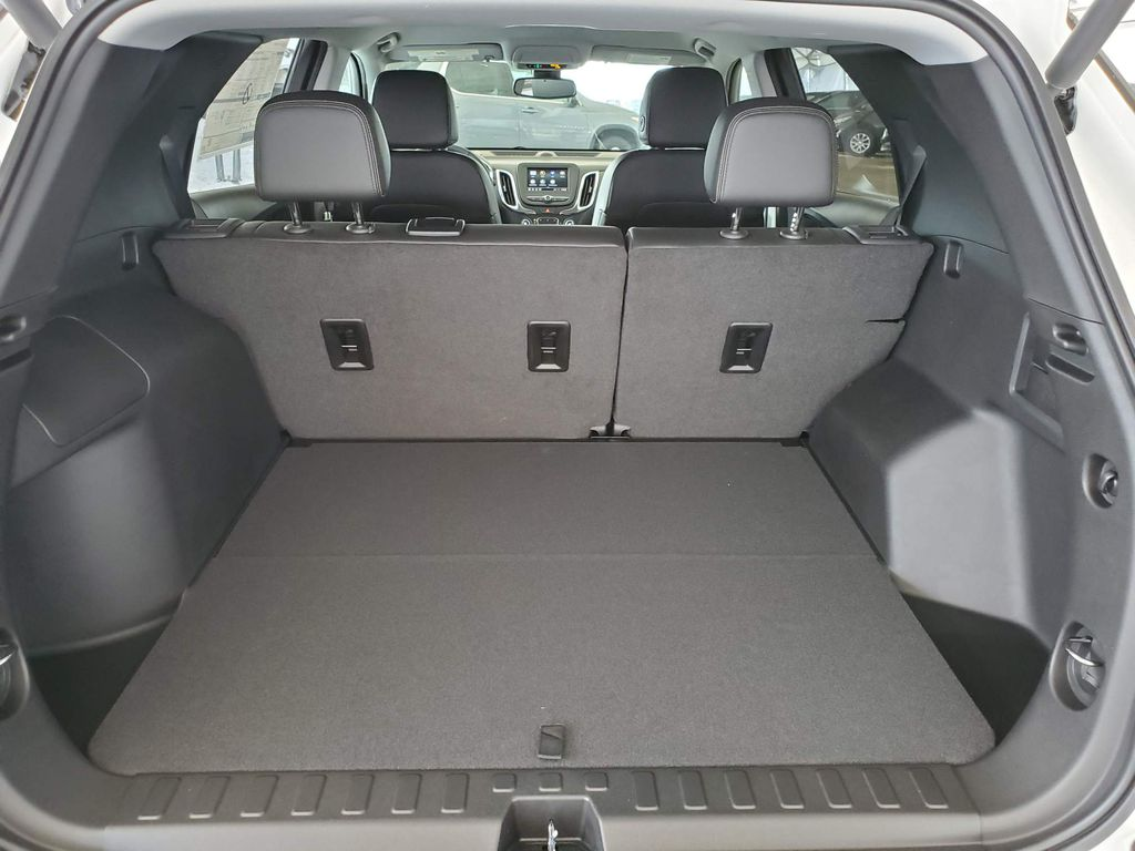 White 2021 Chevrolet Equinox Rear of Vehicle Photo in Airdrie AB