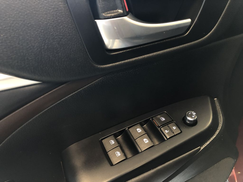 Red 2017 Toyota Highlander XLE Right Side Front Seat  Photo in Edmonton AB