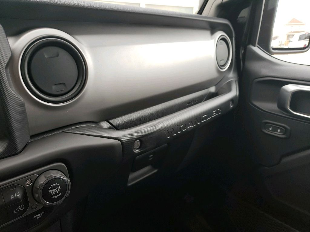 Black 2021 Jeep Wrangler Engine Compartment Photo in Fort Macleod AB