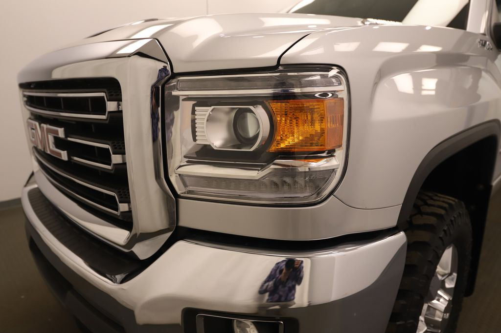 Silver 2019 GMC Sierra 3500HD Left Front Rim and Tire Photo in Lethbridge AB