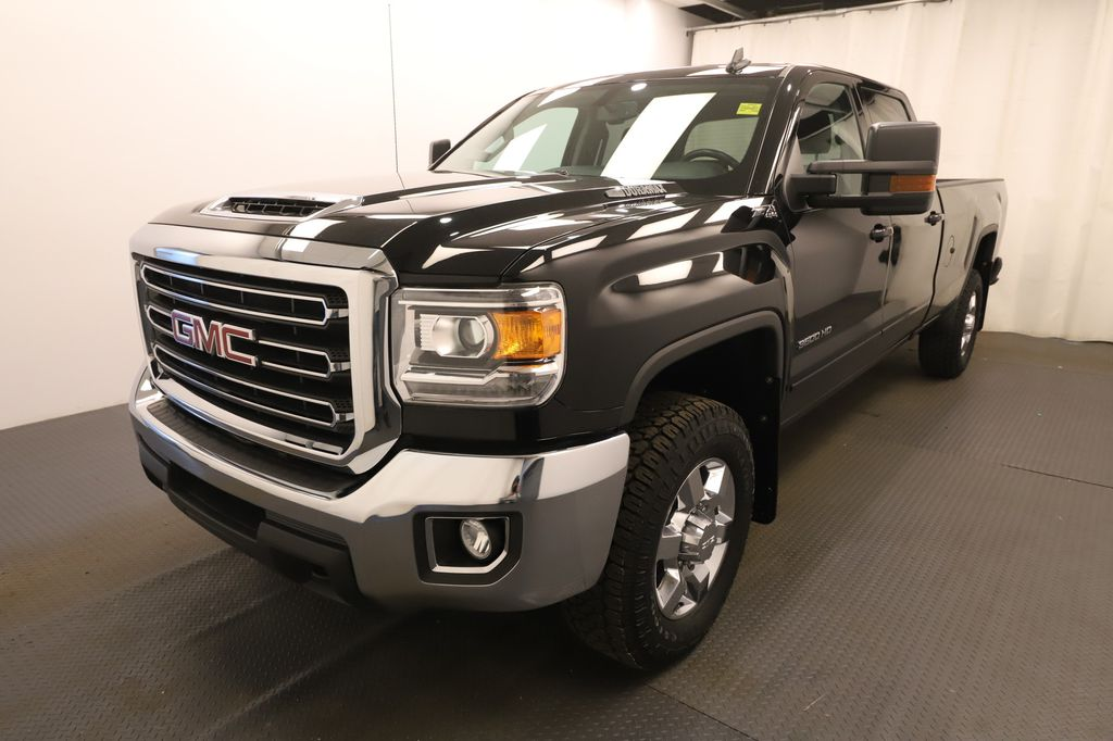 Black 2019 GMC Sierra 3500HD Left Front Head Light / Bumper and Grill in Lethbridge AB