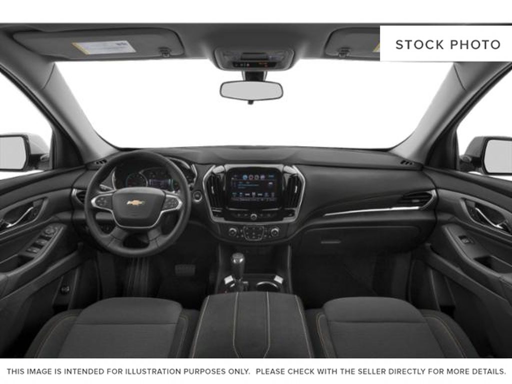 Silver[Silver Ice Metallic] 2021 Chevrolet Traverse Front Seats and Dash Photo in Portage La Prairie MB