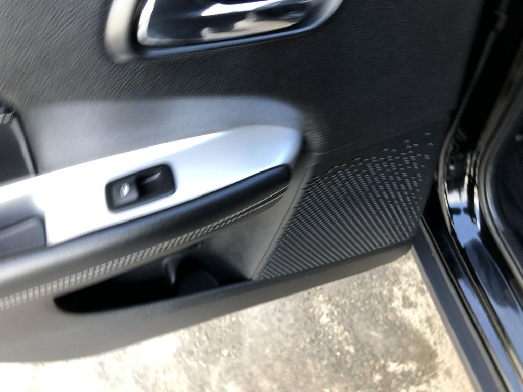 Black[Pitch Black] 2015 Dodge Journey R/T LR Door Panel Ctls Photo in Canmore AB