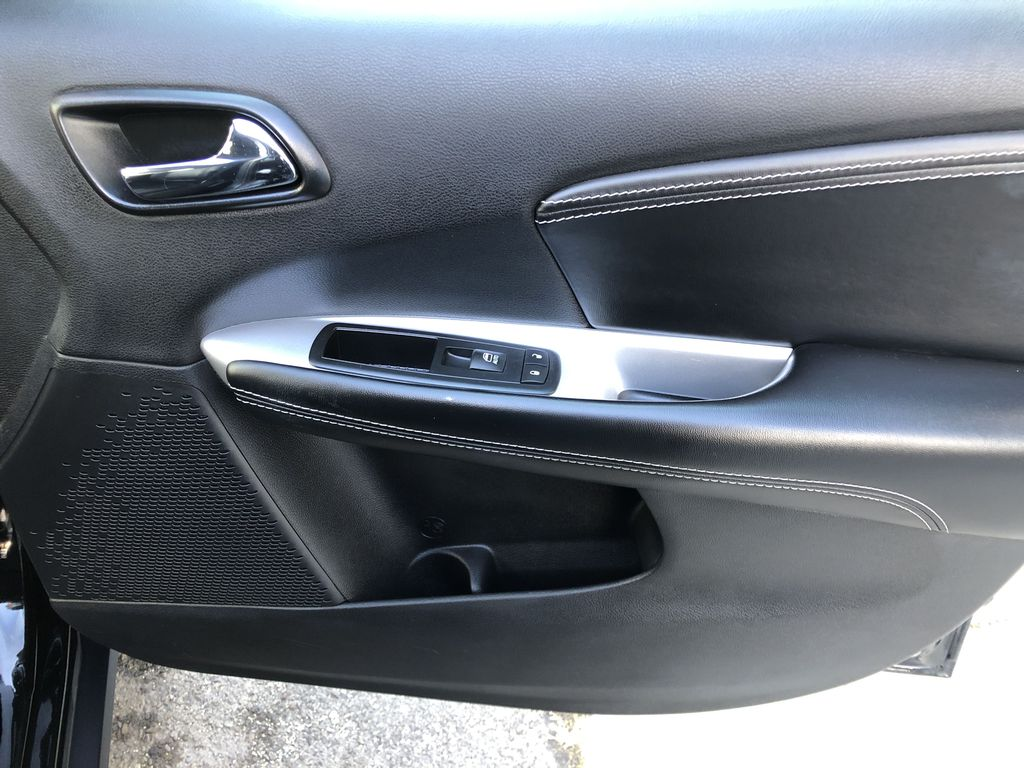 Black[Pitch Black] 2015 Dodge Journey R/T Right Front Interior Door Panel Photo in Canmore AB