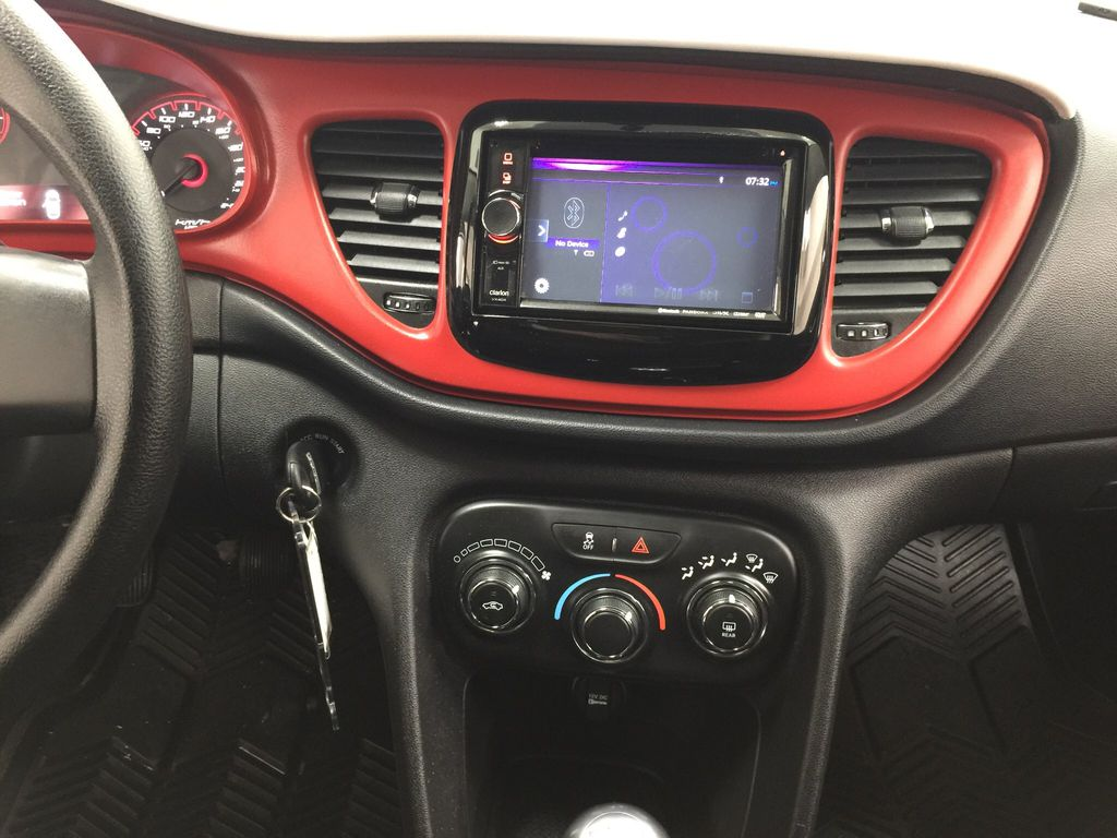 White[Bright White Clearcoat] 2014 Dodge Dart Central Dash Options Photo in Sherwood Park AB
