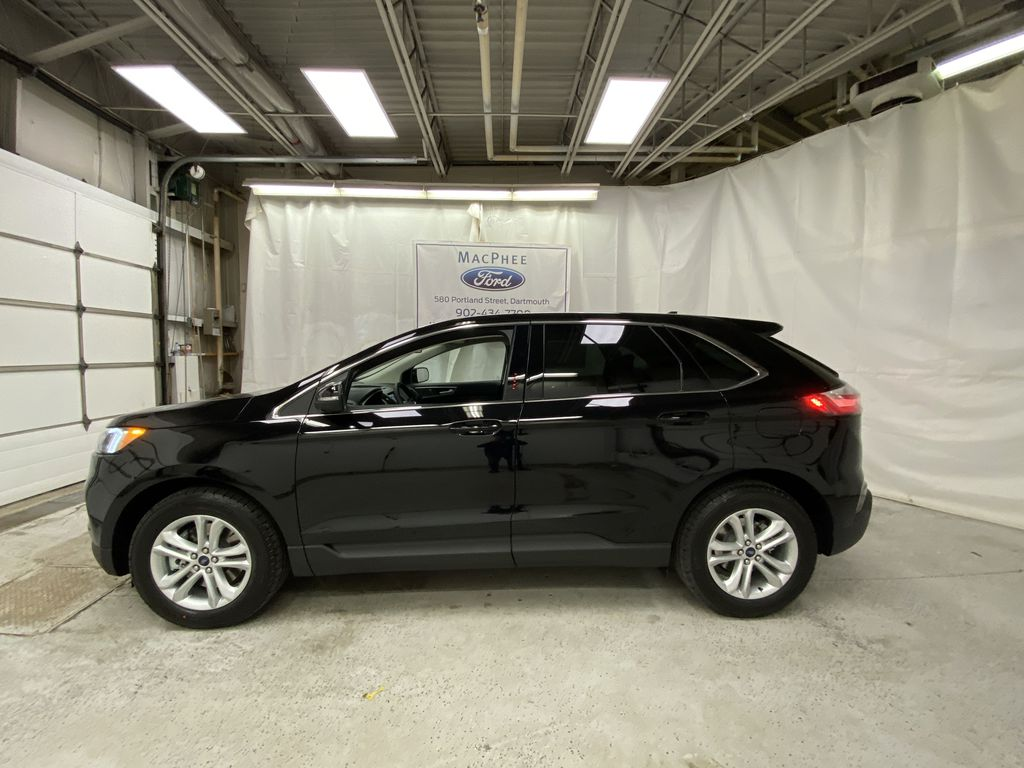 Black[Agate Black] 2020 Ford Edge Left Side Photo in Dartmouth NS