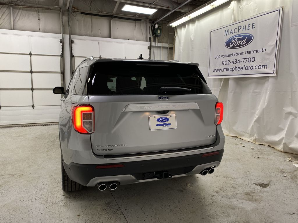 Silver[Iconic Silver Metallic] 2021 Ford Explorer Rear of Vehicle Photo in Dartmouth NS