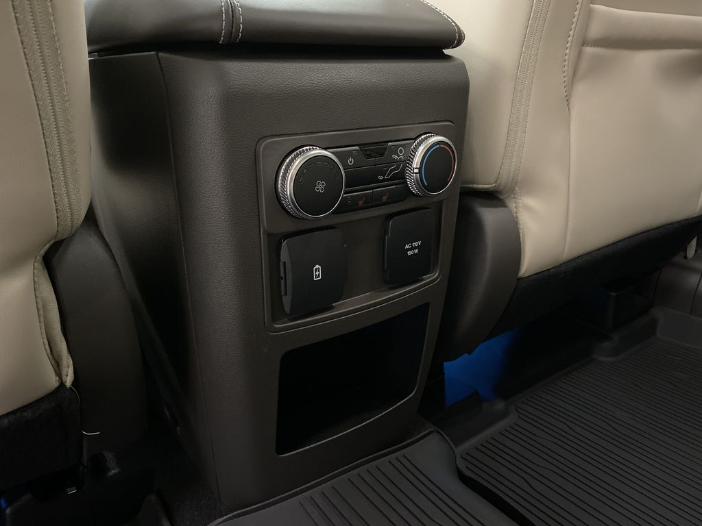 Silver[Iconic Silver Metallic] 2021 Ford Explorer LR Door Panel Ctls Photo in Dartmouth NS