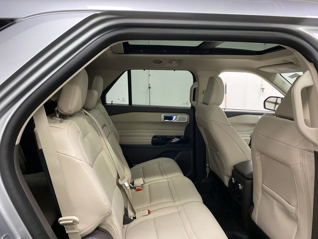 Silver[Iconic Silver Metallic] 2021 Ford Explorer Right Side Rear Seat  Photo in Dartmouth NS
