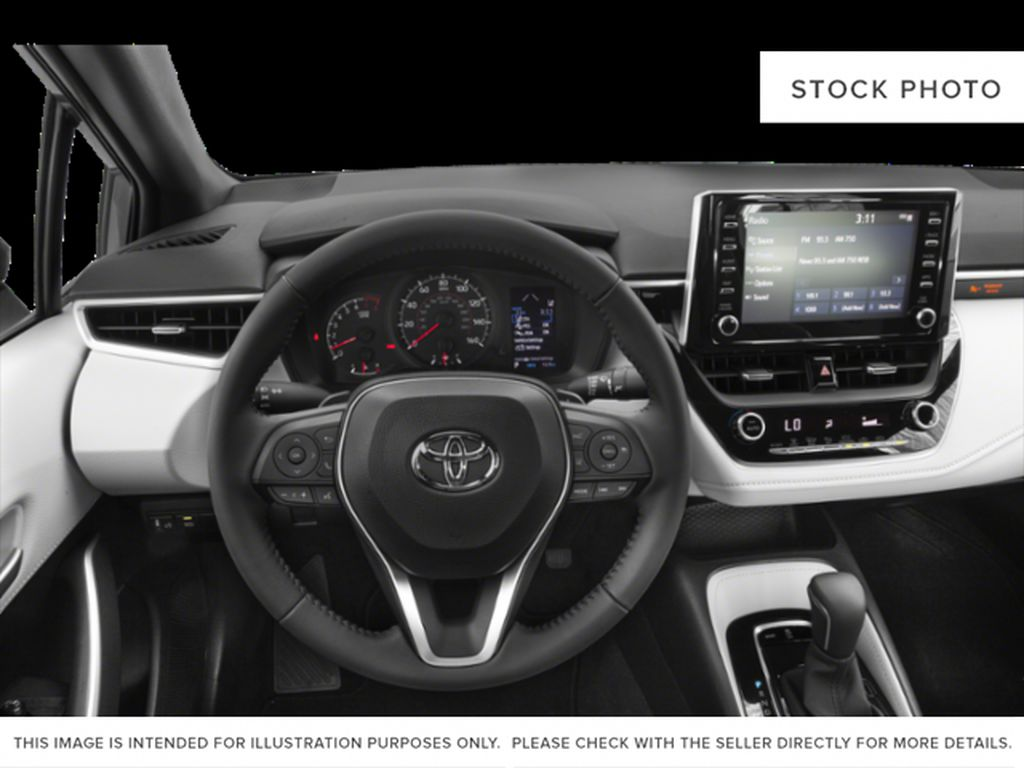Gray[Cement Grey w/Black Roof] 2021 Toyota Corolla SE Steering Wheel and Dash Photo in Kelowna BC