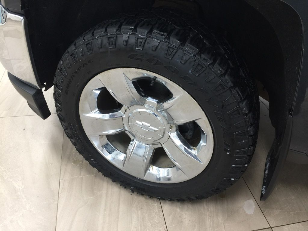 Blue[Deep Ocean Blue Metallic] 2018 Chevrolet Silverado 1500 Left Front Rim and Tire Photo in Sherwood Park AB