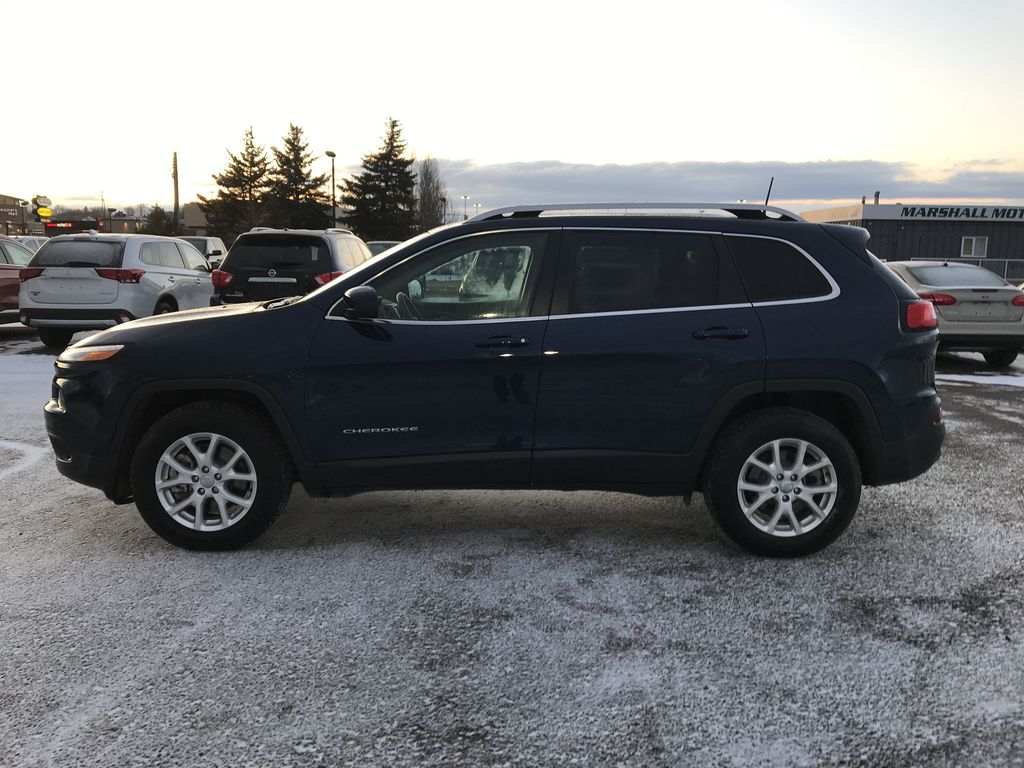 """Blue 2018 Jeep Cherokee North 4x4 *Heated Seats/Wheel* *Remote Start* *8.4"""" Touchscreen* Left Side Photo in Brandon MB"""