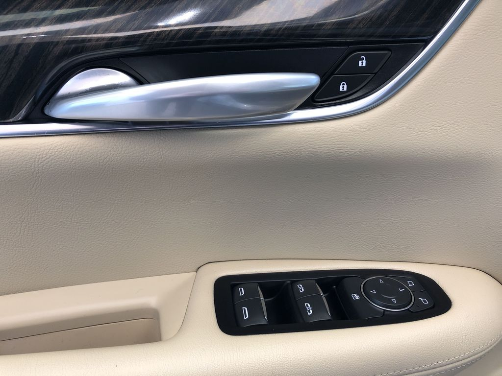 White[Crystal White Tricoat] 2019 Cadillac XT5  Driver's Side Door Controls Photo in Edmonton AB