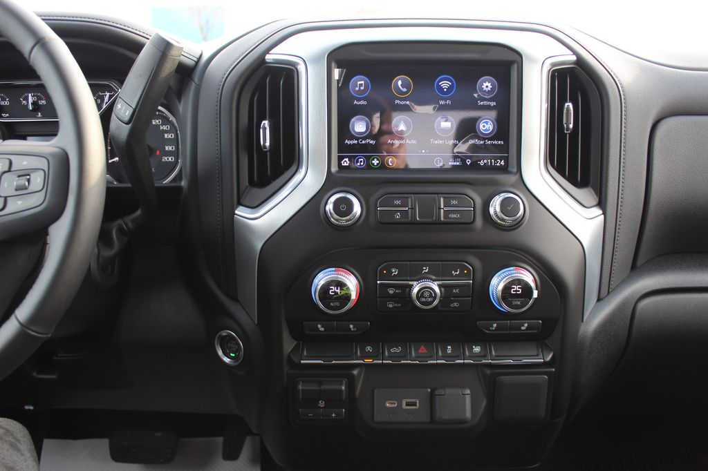 2021 GMC Sierra 1500 Odometer Photo in Medicine Hat AB