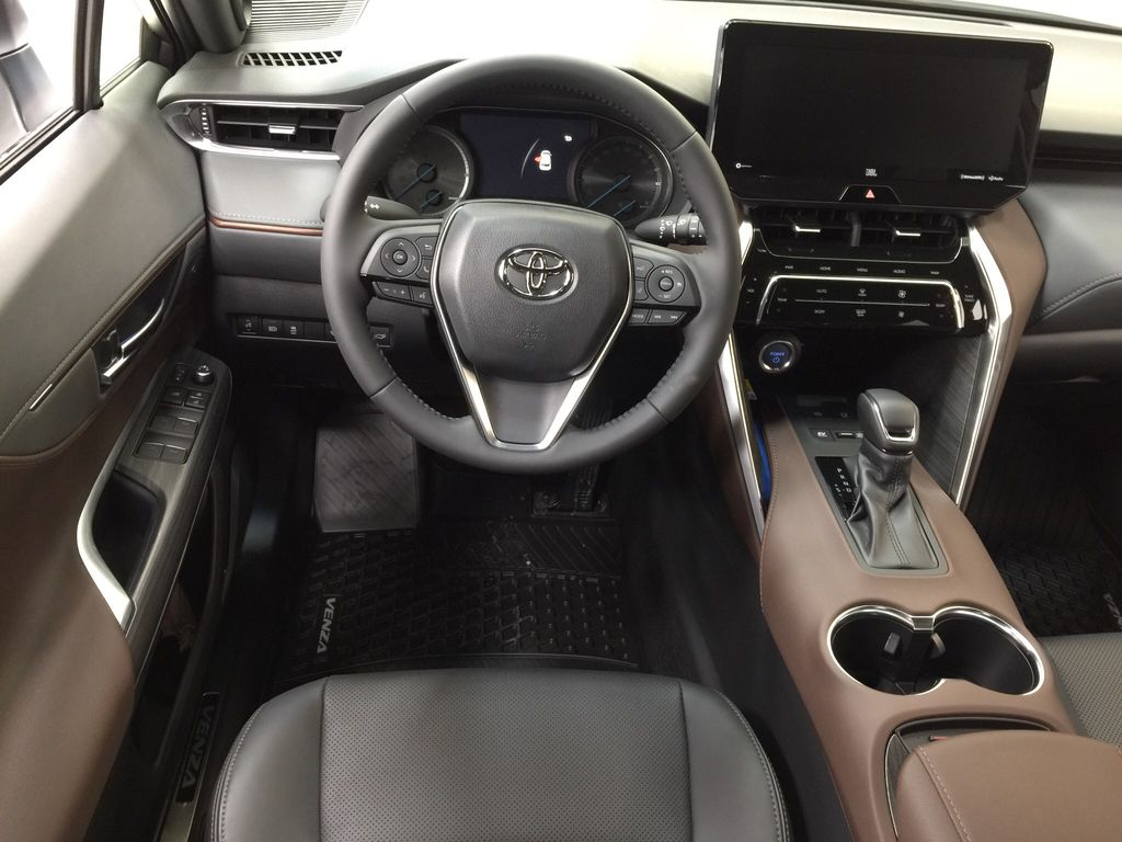 White[Blizzard Pearl] 2021 Toyota Venza XLE Hybrid Left Front Seat Photo in Sherwood Park AB