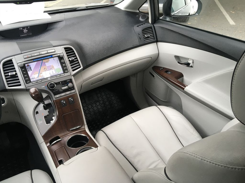 Charcoal 2012 Toyota Venza AWD Right Side Front Seat  Photo in Kelowna BC