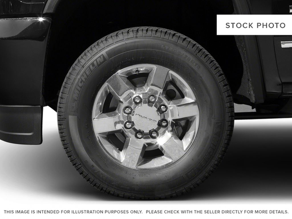 2017 GMC Sierra 3500HD Left Front Rim and Tire Photo in Fort Macleod AB