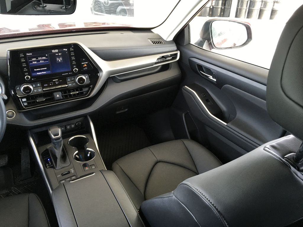 Red[Ruby Flare Pearl] 2020 Toyota Highlander XLE Right Side Front Seat  Photo in Kelowna BC