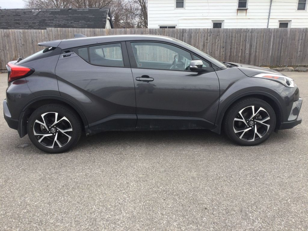 Gray[Magnetic Grey Metallic] 2019 Toyota C-HR Right Side Photo in Brockville ON