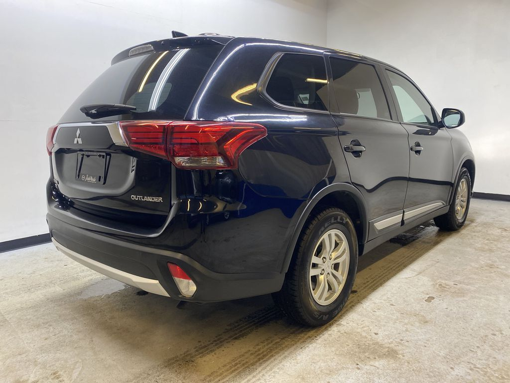 BLACK 2018 Mitsubishi Outlander ES - Bluetooth, Backup Cam, Heated Front Seats Right Rear Corner Photo in Edmonton AB
